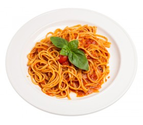 Spaghetti with fresh basil and tomato sauce